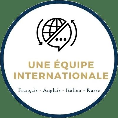 une équipe internationale