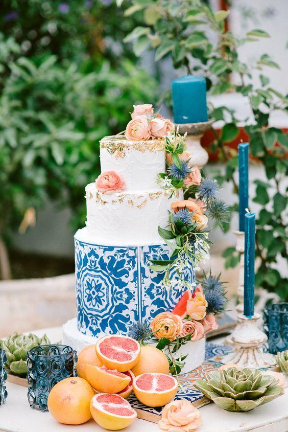 gateau de mariage coloré 2
